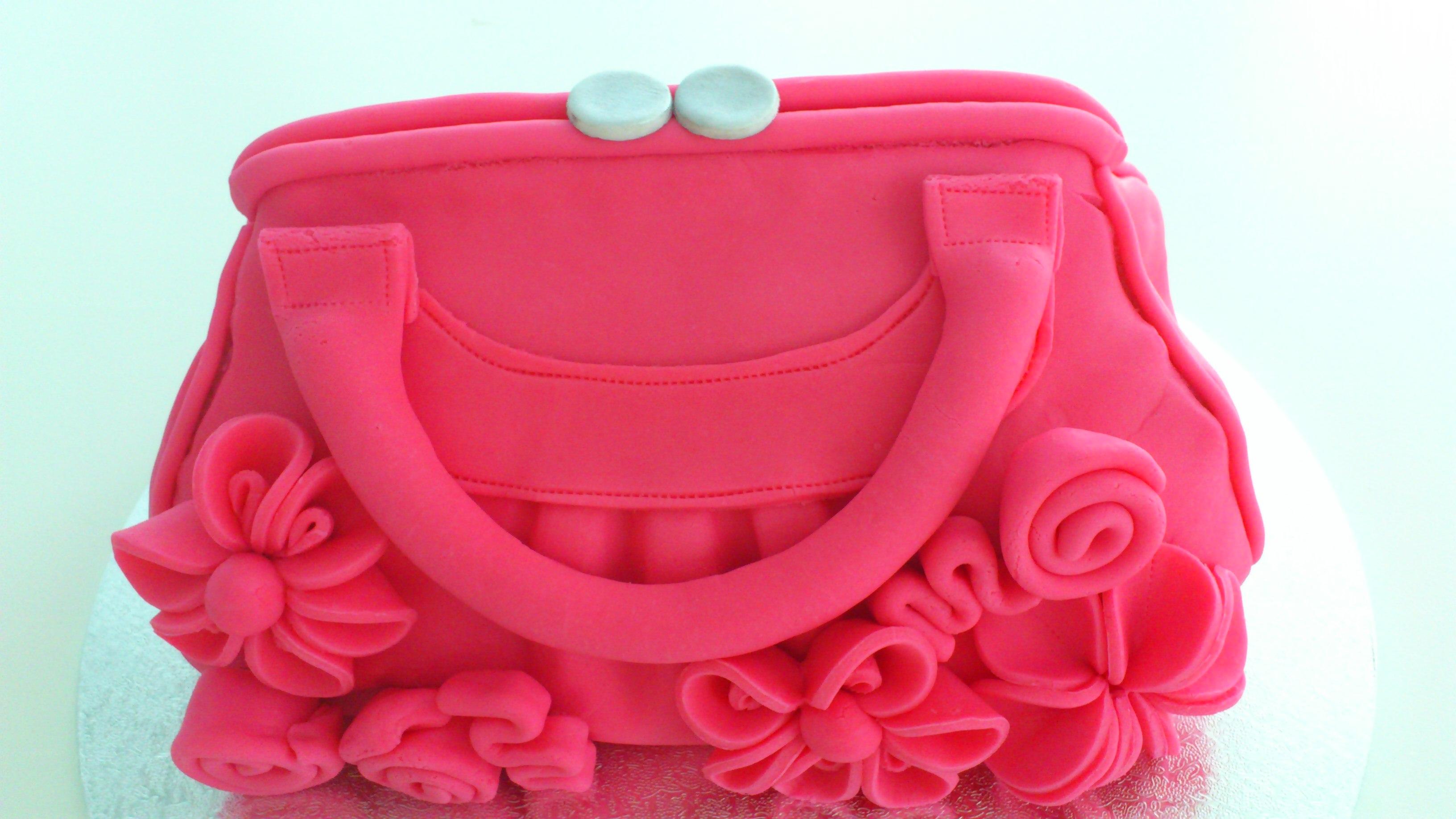 Pink Handbag Cake | Co...