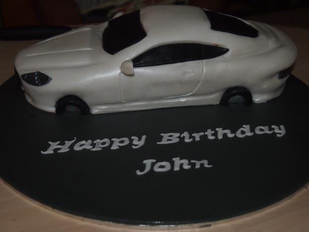 Aston Martin DB9 Cake