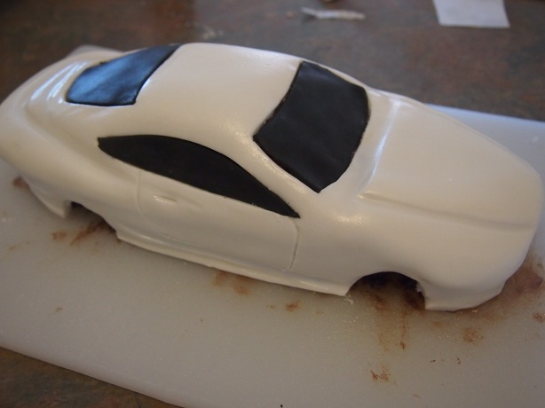 DB9 Cake With Windows and Doors