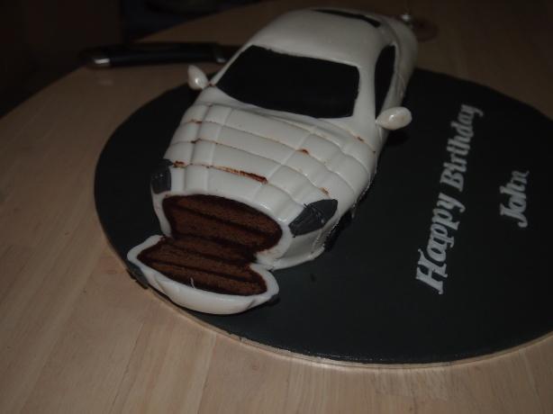 DB9 Cake Cut